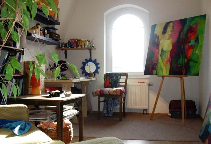 Malen im Atelier-Zimmer in Dresden